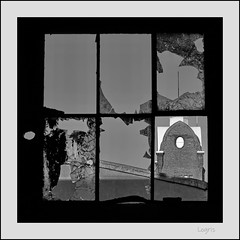 Beautiful view (Logris) Tags: factory fabrik window fenster broken zerbrochen bw sw glass glas
