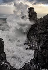S.Tecla 3 (AndreaCT78) Tags: onde mare scogli flickrsicilia stecla acqua spettacolo catania