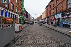 MOORE STREET [DUBLIN CITY CENTRE]-149873 (infomatique) Tags: moorestreet dublin dublin1 offhenrystreet openairfruitandvegetablemarket market northside streetsofdublin dublinstreets williammurphy infomatique fotonique sony a7riii wideanglelens voigtlander