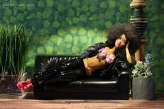 sexy relaxy (photos4dreams) Tags: photos4dreams p4d photos4dreamz barbie doll dress mattel toy barbies girl play fashion fashionistas outfit kleider mode diorama puppenstube tabletopphotography aa beauties beautiful girls women ladies damen weiblich female funky afroamerican afro schnitt hair haare afrolook darkskin africanamerican canoneos5dmark3 hippie scenes 16