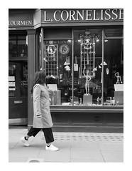 Wave back (exreuterman) Tags: london street olympus m43 micro 43 bloomsbury bw monochrome candid