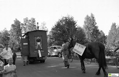tm_6622 (Tidaholms Museum) Tags: svartvit positiv horse häst landsväg train tåg