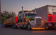 Kenworth W900 (NoVa Truck & Transport Photos) Tags: kenworth w900 grimes enterprises dailey wv flatbed truck big rig 18 wheeler 2017 large car mag southern classic ta lexington va