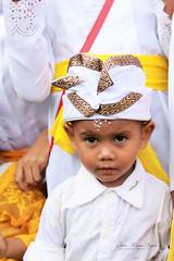 Petit garçon à Bali. (jmboyer) Tags: ba172 ©jmboyer bali indonesie indonésie asie asia travel canon géo portrait