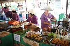 IMG_1115 (pockethifi) Tags: อยุธยา ayutthaya