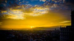 Amanece sobre Madrid (pepoexpress - A few million thanks!) Tags: nikon nikkor d750 nikond75024120f4 nikond750 24120mmafs pepoexpressflickr madrid sunset sunrise amanecer skyline sky goldenhour cityscape