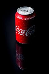 Rouge (pictopix) Tags: bpc studio flash rouge strobisme canette aluminium marque trademark cocacola coca soda usa tradition empire