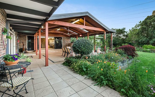 45 Highwood Dr, Wheelers Hill VIC 3150