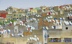 Fez antennas (maios) Tags: fezantennas fez antennas oldcity morocco old city satellitedishes satellite dishes maios africa panorama roofs houses arabicmedina arabic medina tv