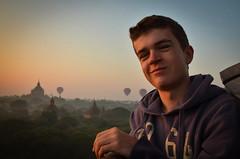 In Bagan (Mariasme) Tags: myanmar bagan sunrise balloons portrait youngman
