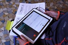 Atelier lecture tablette 2 CP Rotonde © BB (2) (villenevers) Tags: rotonde tablette tablettes numérique enfant élève hootoo primaire école classe