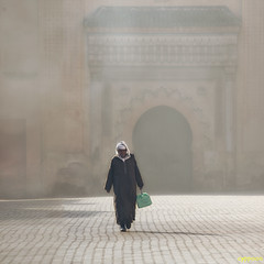 THROUGH THE MORNING LIGHT (D8E_6355s) (cyppoon (Chris Poon)) Tags: cyppoon marrakech palaiselbadi morocco elbadipalace
