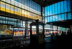 station Stuttgart (Fay2603) Tags: stuttgart station bahnhof bunt glas gelb blau rot bahnsteig schwarz germany deutschland badenwürttemberg schwabenland