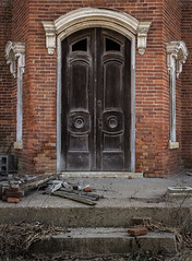 (Rodney Harvey) Tags: anandoned mansion illinois door ornate architecture rural decay