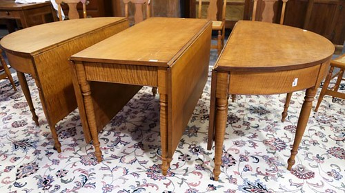 3-piece Tiger Maple Banquet Table Set ($224.00)