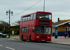 N139YRW (PD3.) Tags: bus buses hampshire hants england uk portsmouth emsworth coach psv pcv southourne clovelly road havant west sussex city coaches southsea n139yrw n139 yrw volvo london united