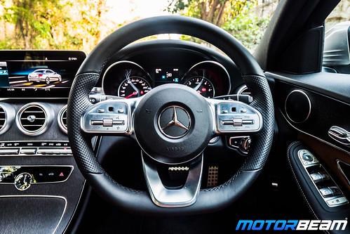 2019-Mercedes-C-300d-10