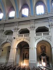 Bays of nave, Église Saint-Polycarpe, Lyon, France (Paul McClure DC) Tags: lyon france july2017 auvergnerhônealpes architecture historic church lacroixrousse