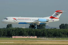 OE-LFK_F70_Austrian Arrows_internet titles on engines (LV Aircraft Photography) Tags: airliner austrianarrows f70