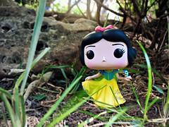 Snow White (Linayum2.0) Tags: snowwhite funko funkopop funkopopvinyl disney funkopopsnowwhite vinyl originalfunko blancanieves toys toy toycollector linayum