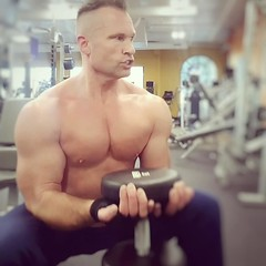 biceps (ddman_70) Tags: shirtless pecs muscle gym workout biceps
