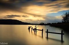 L'or du crépuscule (paul.porral) Tags: longexposure poselongue landscape paysage lake nature water flickr ngc alps sunset cielo sky clouds gold goldenhour canon canon7d