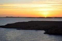 Here Comes the Sun (pjpink) Tags: sun sunrise morning lakenasser lake desert nubia golden abusimbel egypt january 2019 winter pjpink 2catswithcameras