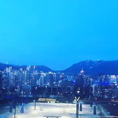 Night time - Vancouver, BC (Pam Arstikaitis) Tags: night city canada britishcolumbia vancouver