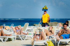 Coconut Seller (Neil Cornwall) Tags: 2018 cancun caribbean mexico beach sand vacation resort february water sea gulfofmexico coconuts sunny warm