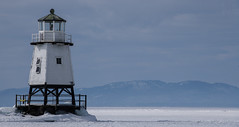 Winter Lighthouse (LEXPIX_) Tags: lighthouse beacon frozen lake champlain water snow snowcovered adk march 2019 nikon d850 70200 lexpix