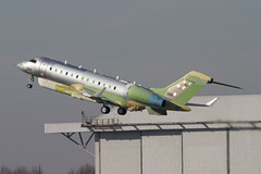 BD700-1A10 Global 6000 1326 UAE AF (spbullimore) Tags: bombardier bd700 1a10 global 6000 1326 uae af united arab emirates air force marshall aerospace 2019 cambridge airport