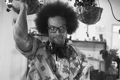 DJ (Alex Chaves Fotografia) Tags: dj people photography portrait personas portraiture canondslr canon street streetphoto instagran blancoynegro bw