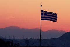 Greek flag (vic_206) Tags: flag bandera grecia greek atenas athens