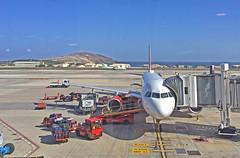 Las Palmas (Leifskandsen) Tags: plane fly travel luggage work doing people las palmas airport passengers cars cargo canary camera leifskandsen skandsenimages skandsen