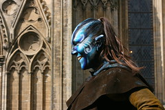 IMG_7681 (leroux.maximilien62) Tags: bayeux calvados costume normandie normandy france frankreich blau blue bleu cathedral cathédrale medieval médiévales medioevo fêtesmédiévales sourire maquillage makeup