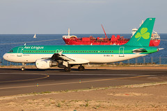 EI-DEA_01 (GH@BHD) Tags: eidea airbus a320 a320200 a320214 ei ein aerlingus shamrock aircraft aviation airliner ace gcrr arrecifeairport arrecife lanzarote boat ship tanker