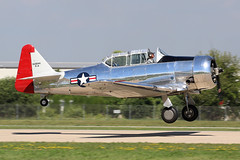 N128WK, T-6 Texan, Oshkosh 2018 (ColinParker777) Tags: t6 harvard at6 texan north american usaf air force classic warbird united states navy takeoff departure formation display shiny pair duo osh oshkosh kosh eaa experimental aviation association airventure 2018 airplane aircraft military aeroplane plane piston radial engines trainer canon 7d 7d2 7dmk2 7dmkii 7dii 100400 lens pro zoom telephoto wisconsin wi usa cockpit grass sky tree n128wk