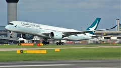 B-LRE (AnDyMHoLdEn) Tags: cathaypacific a350 oneworld egcc airport manchester manchesterairport 23r