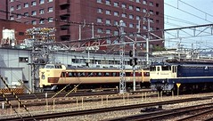 Japan Rail action at Kyoto Station in the mid-90s (Tangled Bank) Tags: jr japan rail japanese asia asian urban train station pasenger equipment stock kyoto 1990s 90s railway railroad