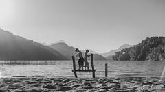 Jugando en Lago Espejo Chico (matiasrquiroga) Tags: lake landscape sunset sunny children playing sky niños lago neuquen paisaje water agua argentina south america latinoamerica