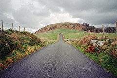 Winter Walks (Howie Mudge LRPS BPE1*) Tags: landscape nature tonfannau gwynedd wales cymru uk travel adverture greatoutdoors yashica yashicat3 film filmisntdead analog analogphotography kodak kodakcolorplus200 35mm 35mmfilm 35mmfilmphotography
