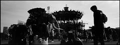 MachineDeLile.jpg (Vincent Photo Argentique) Tags: argentique noiretblanc acros100 45mm bretagne rodinal hasselblad xpan nantes brittany blackandwhite fujifilm 150