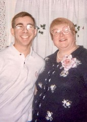 Matt & Linda (Mom) Chesner (nomad7674) Tags: lindachesner matthewchesner family matt matthew linda mom chesner mother brother bro corsage flower mothers day cochair