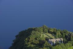 blu d'Iseo (Paolo Dell'Angelo (JourneyToItaly)) Tags: lagodiseo parzanica provinciadibergamo lombardia italia panoramica blue lakeiseo lombardy italy
