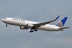 "United Airlines N661UA Boeing 767-322ER Winglets cn/27158-507 ""6461"" @ Kaagbaan EHAM / AMS 15-08-2018 (Nabil Molinari Photography) Tags: united airlines n661ua boeing 767322er winglets cn27158507 6461 kaagbaan eham ams 15082018"