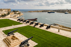 Saluting Battery (Keith in Exeter) Tags: valletta malta city capital gun cannon battery salute grass paved sea harbour ship water sky building mediterranean coastal