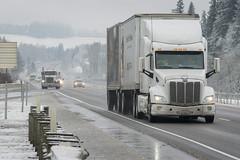 Traffic on I-5 (OregonDOT) Tags: winter snow snowstorm oregondot i5 willamettevalley salem motorcarrier truck