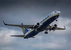 EMA March action!! (Jonathan Fletcher Photography) Tags: eastmidlandsairport ema jonathanfletcher ryanair tui jet2 plane aviation aircraft fly burtonupontrent derbyshire airport