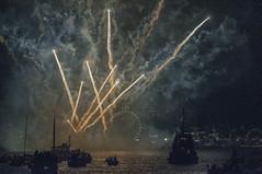 Happy2019 (Only photoshoot, don't be afraid) Tags: happy2019 happy new year happynewyear gelukkignieuwjaar canal lake fireworks boats glücklichesneujahr bonneannée felizaño