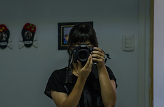 Retratando. (ga.figueroa.f) Tags: portrait retrato autoportrait autoretrato girl woman mujer chica canon canonphoto photograpy fotografia pic picture camera camara chile